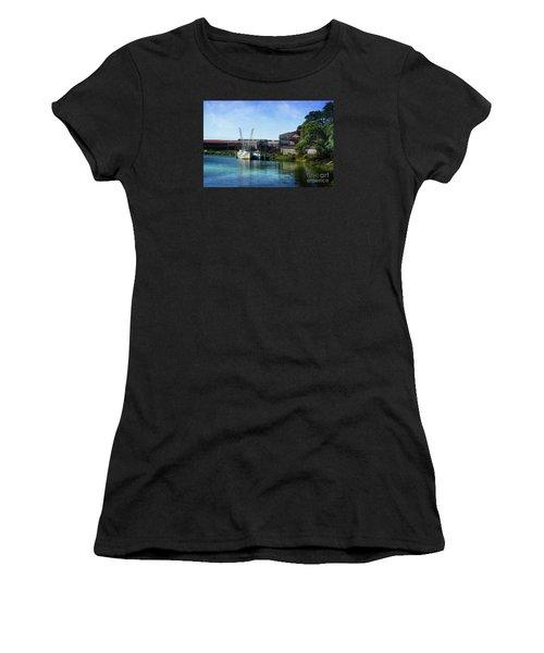 Winyah Bay Georgetown Sc Women's T-Shirt (Athletic Fit)