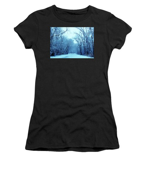 Wisconsin Frosty Road In Winter Ice Women's T-Shirt (Athletic Fit)