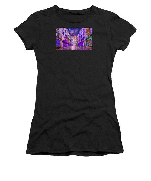 Wizard Mall Women's T-Shirt