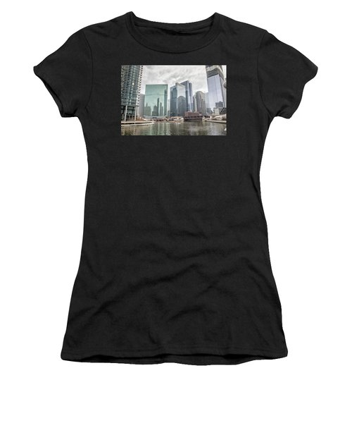 Wolf Point Where The Chicago River Splits Women's T-Shirt (Athletic Fit)
