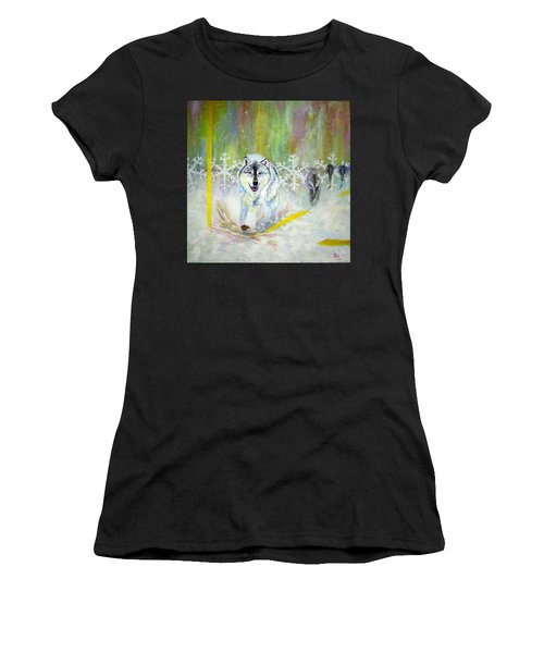 Wolves Approach Women's T-Shirt