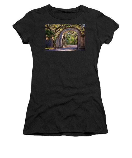 Wormsloe Plantation Gate Women's T-Shirt