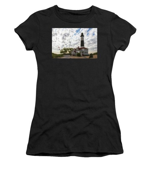 Women's T-Shirt featuring the photograph Wowed by Heather Kenward