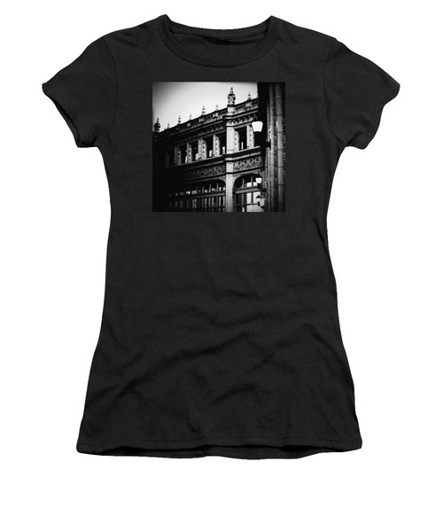 Wrigley Building Square Women's T-Shirt