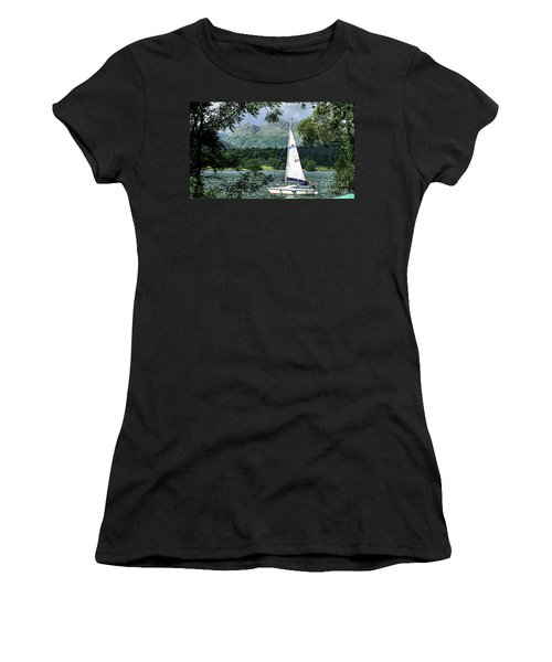 Yachting Lake Windermere Women's T-Shirt (Athletic Fit)