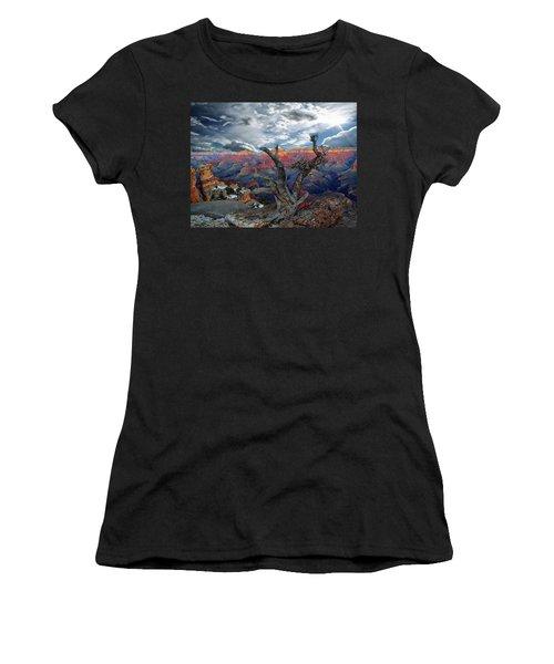 Yaki Point Grand Canyon Women's T-Shirt