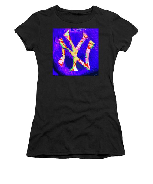 Yankees Logo Women's T-Shirt (Athletic Fit)