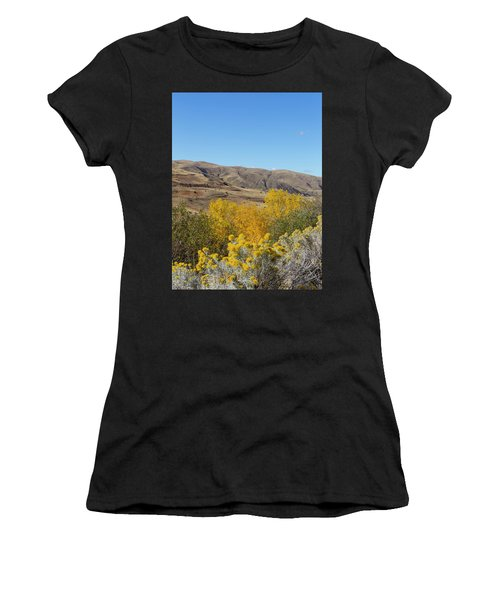 Yellow And Blue Women's T-Shirt (Athletic Fit)