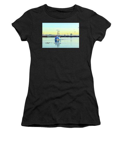 Yield For Ducks Women's T-Shirt