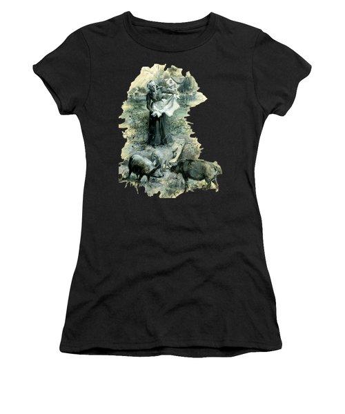 Yohn Pigs  Women's T-Shirt