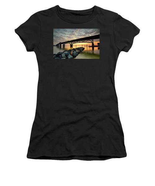 York River Sunrise Women's T-Shirt (Athletic Fit)