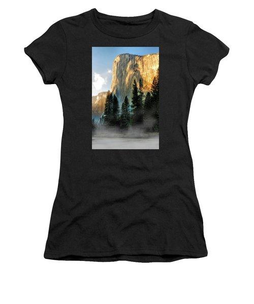 Yosemite National Park El Capitan Women's T-Shirt