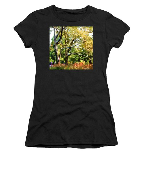 Zoo Trees Women's T-Shirt (Athletic Fit)