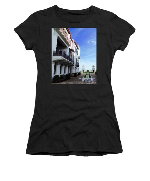 Alys Architecture Women's T-Shirt