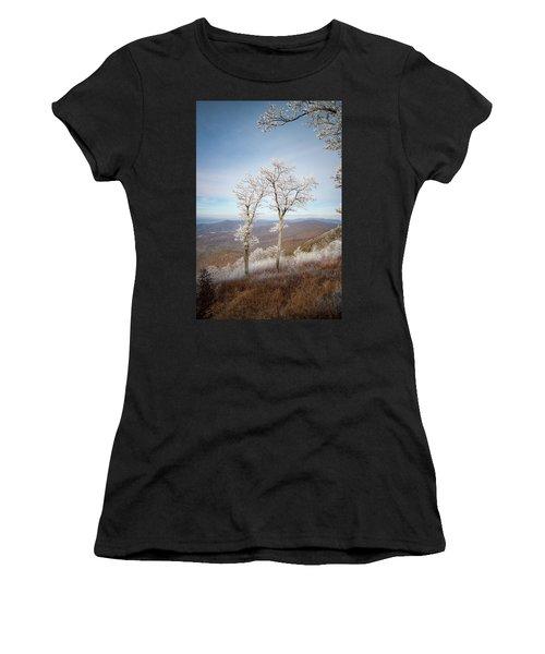Hoarfrost Gathers Women's T-Shirt