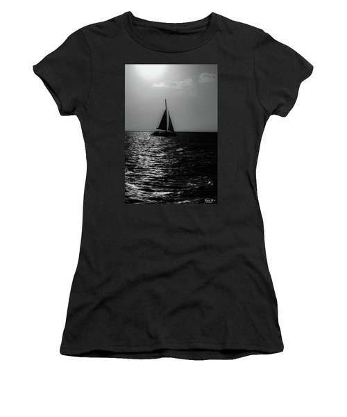 Sailing Into The Sunset Black And White Women's T-Shirt