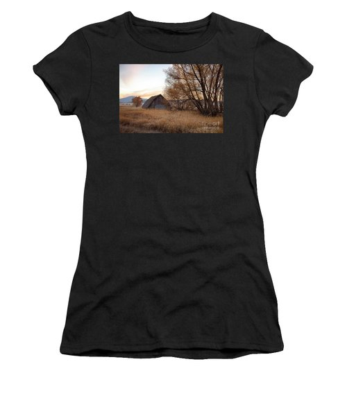 Sanders Barn Women's T-Shirt