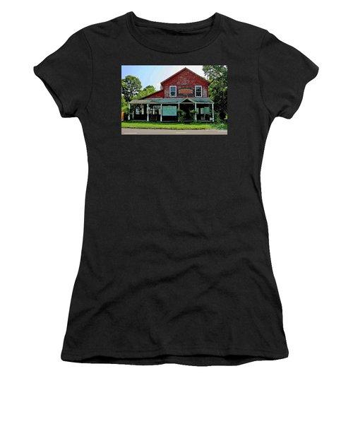 8-14-2009img3440a Women's T-Shirt
