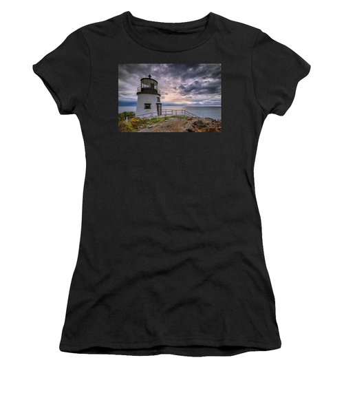 Women's T-Shirt (Athletic Fit) featuring the photograph Autumn Morning At Owls Head by Rick Berk