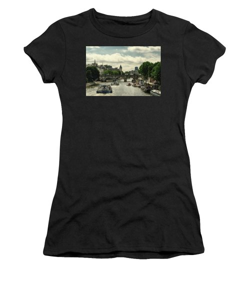 Busy Morning On The Seine Women's T-Shirt
