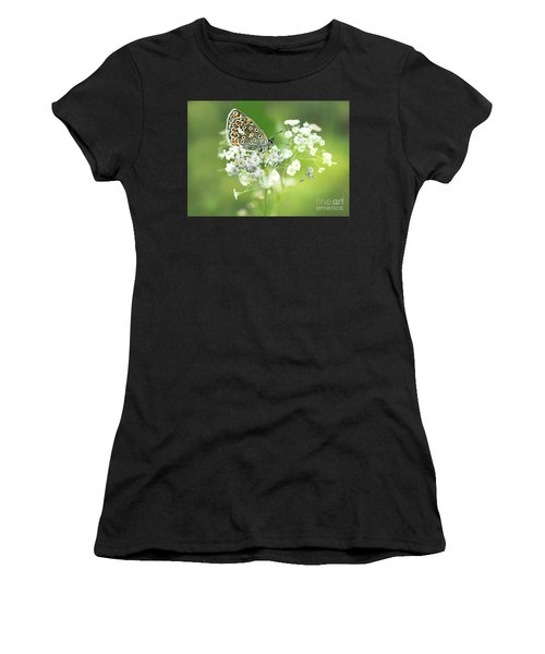 Butterfly On Babybreath Women's T-Shirt