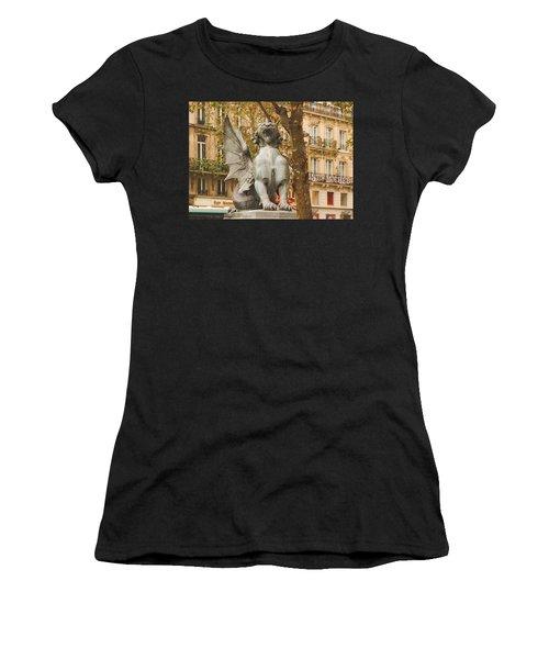Dragon On The Boulevard  Women's T-Shirt