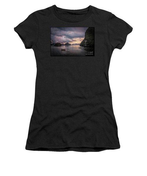 Dramatic Cloud Invade China Sea  Women's T-Shirt