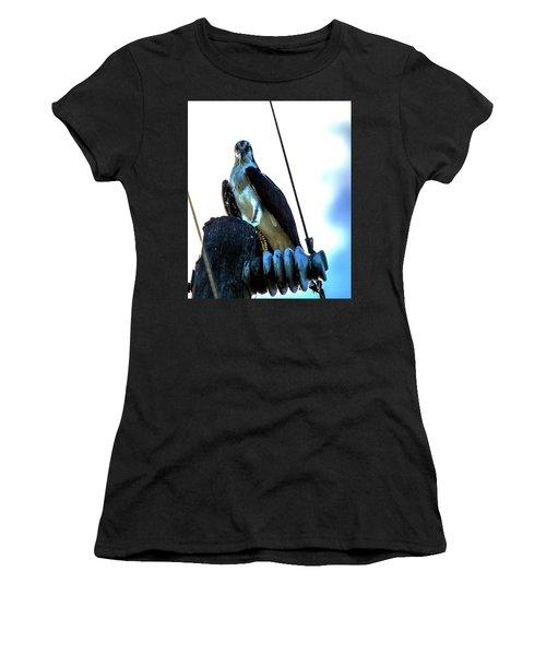 Electrifying Pose  Women's T-Shirt