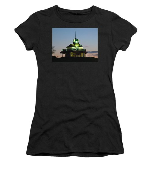 Fleetwood. The Mount Pavillion. Women's T-Shirt