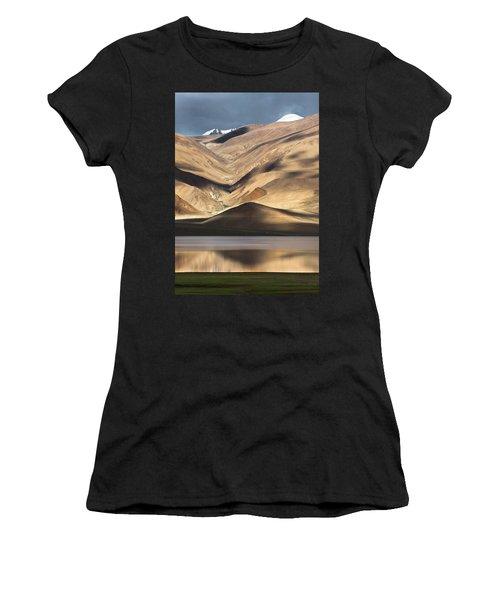 Golden Light Tso Moriri, Karzok, 2006 Women's T-Shirt