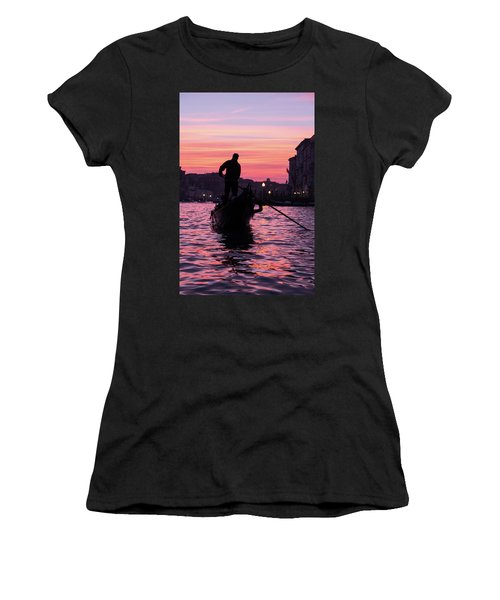 Gondolier At Sunset Women's T-Shirt