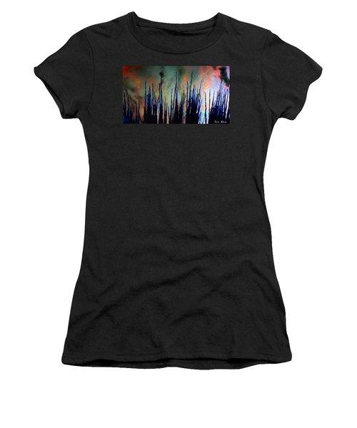 Hiding In The Tall Grass Women's T-Shirt