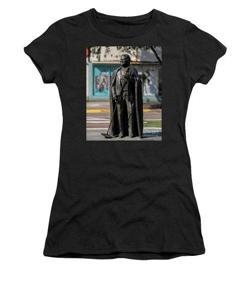 James Brown Statue - Augusta Ga 2 Women's T-Shirt