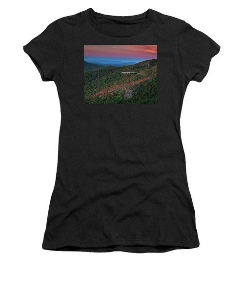 Linn Cove Pink And Blue Women's T-Shirt