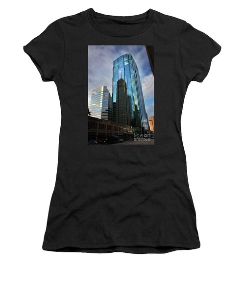 Minneapolis Skyline Photography Foshay Tower Women's T-Shirt