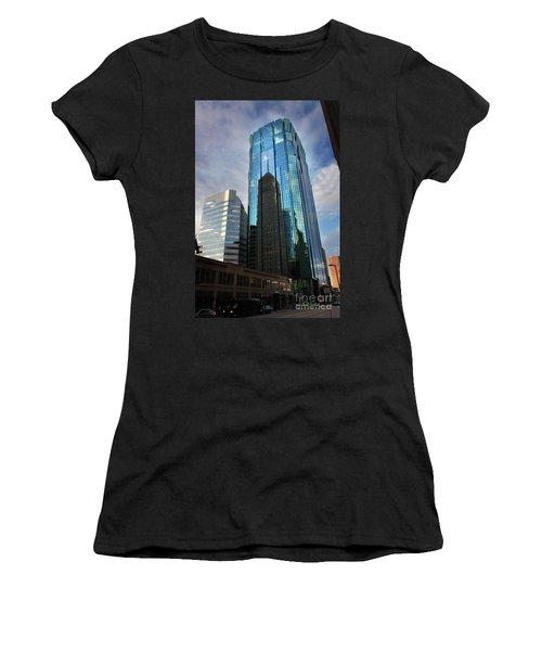 Minneapolis Skyline Photography Foshay Tower Women's T-Shirt