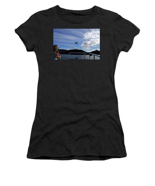 Observer Women's T-Shirt