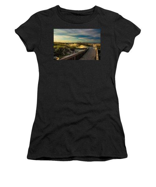 Path To The Beach  Women's T-Shirt