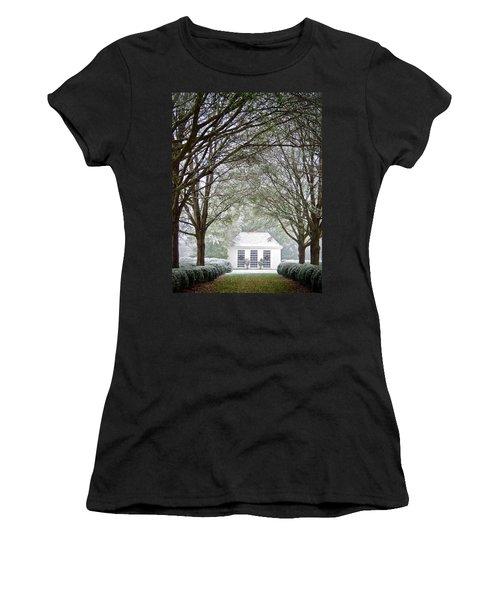 Peaceful Holiday Women's T-Shirt