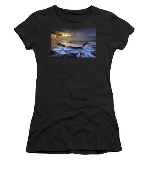 Sea Waterfalls Women's T-Shirt