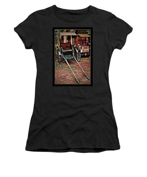 Singapore China Town Women's T-Shirt
