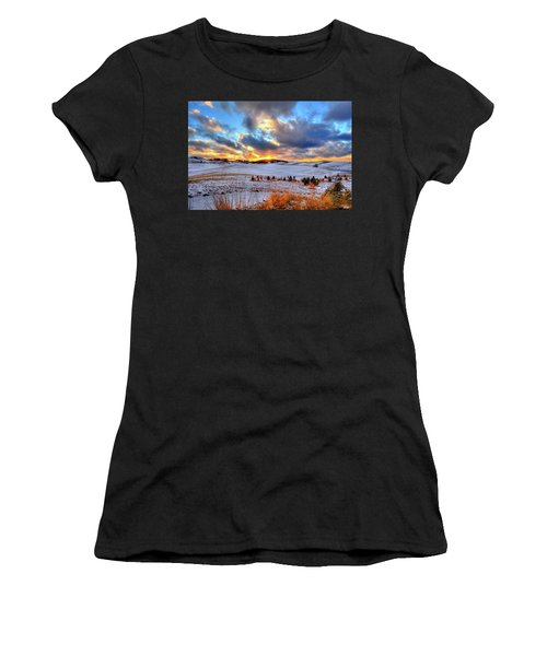 Women's T-Shirt featuring the photograph Snowy Sunset by David Patterson