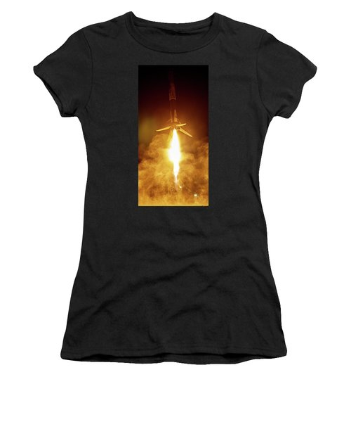 Spacex Falcon 9 Booster Landing At Night Women's T-Shirt