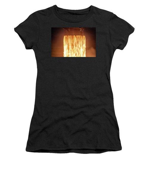 Spacex Falcon 9 Rocket Power Women's T-Shirt