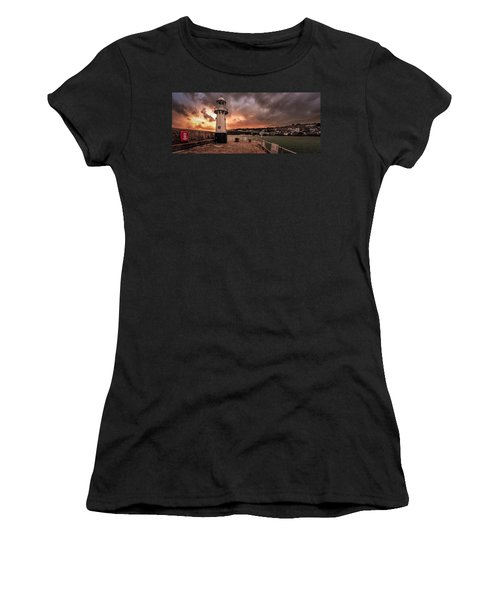St Ives Cornwall - Lighthouse Sunset Women's T-Shirt
