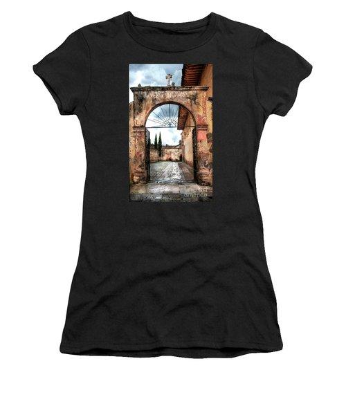 Templo Del Sagrario Women's T-Shirt