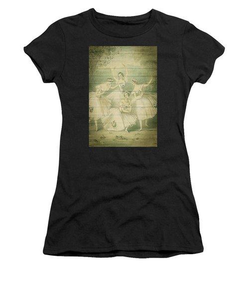 The Ballet Dancers Shabby Chic Vintage Style Portrait Women's T-Shirt