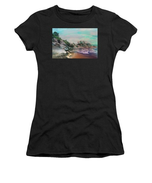 The Rising Tide Montage Women's T-Shirt