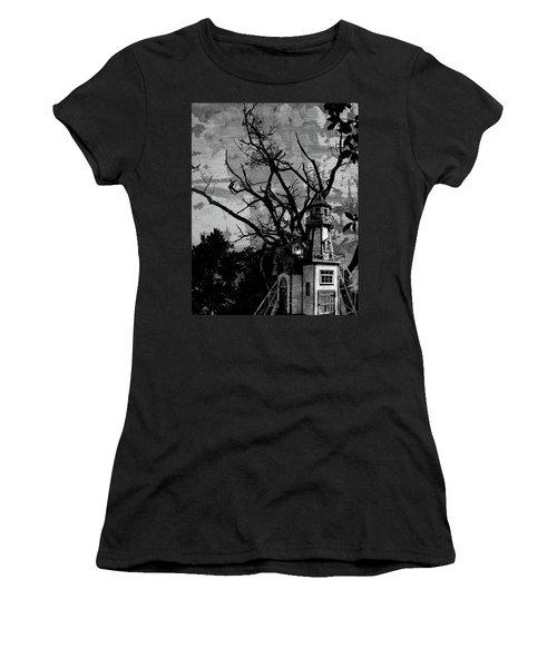 Treehouse I Women's T-Shirt