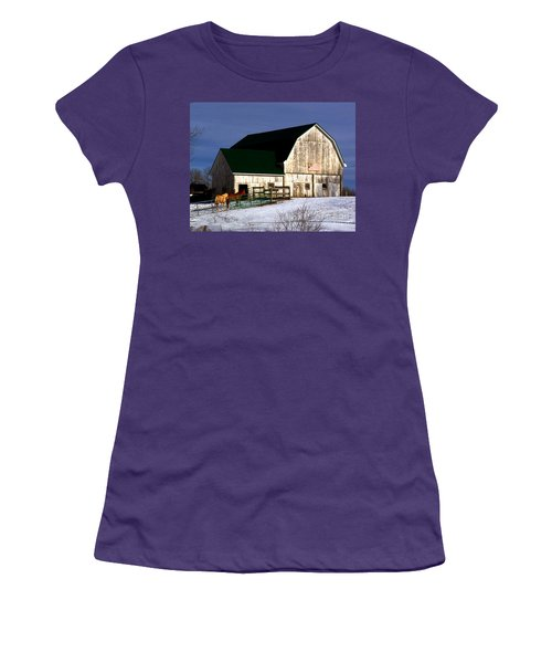American Barn Women's T-Shirt (Athletic Fit)